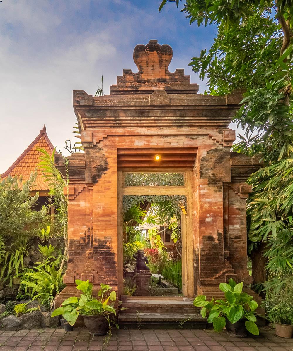 Tiis Garden Puri Villas